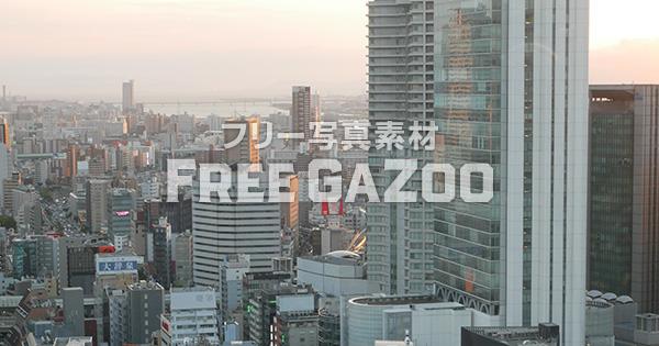 大阪駅前国道2号線 夕景 2