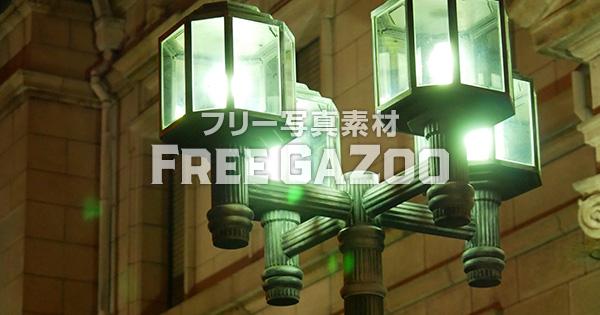 日本銀行大阪支店旧館の外灯